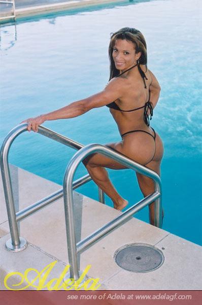 Adela Garcia Picture 3